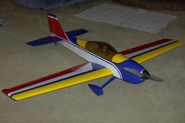 Hanger 9 Aresti 40 ARF